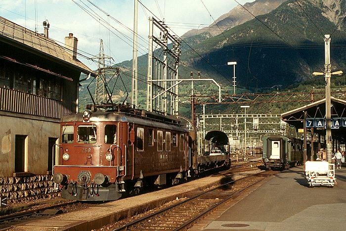 http://www.eisenbahnfotograf.de/ausland/bls/i3910720.JPG