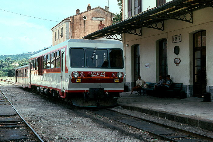 http://www.eisenbahnfotograf.de/ausland/cfc/i850112.JPG