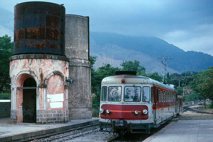 http://www.eisenbahnfotograf.de/ausland/cfc/i850113.JPG