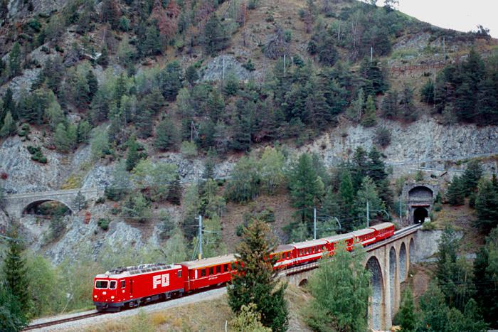 http://www.eisenbahnfotograf.de/ausland/fo/i3910747.JPG
