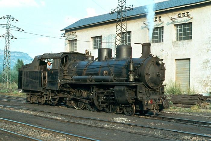 http://www.eisenbahnfotograf.de/ausland/galerie15/i720221pv17villablino28.8.78.JPG
