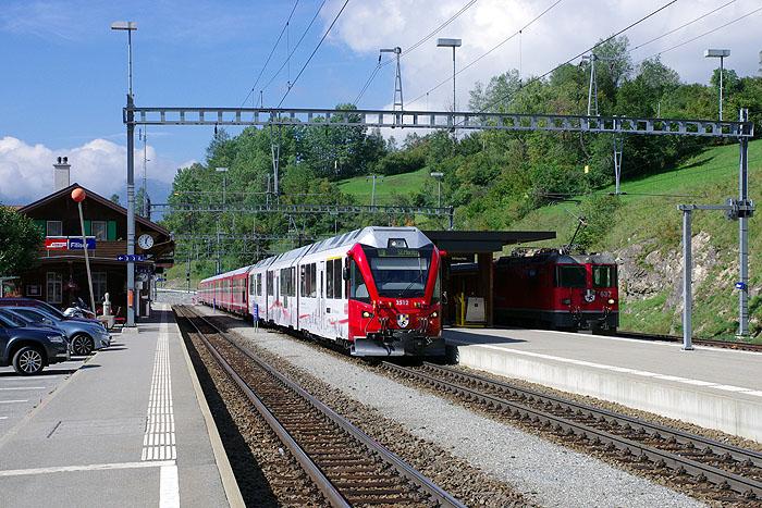 http://www.eisenbahnfotograf.de/ausland/rhb/IMGP5480.jpg