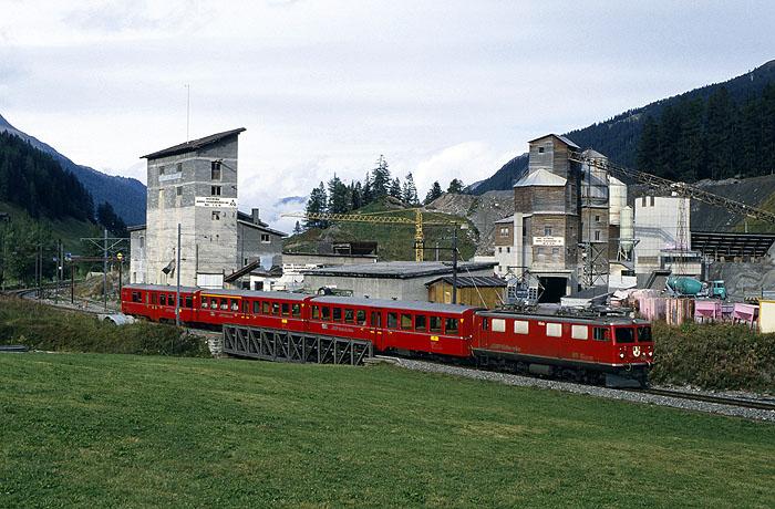 http://www.eisenbahnfotograf.de/ausland/rhb/i3910510.jpg