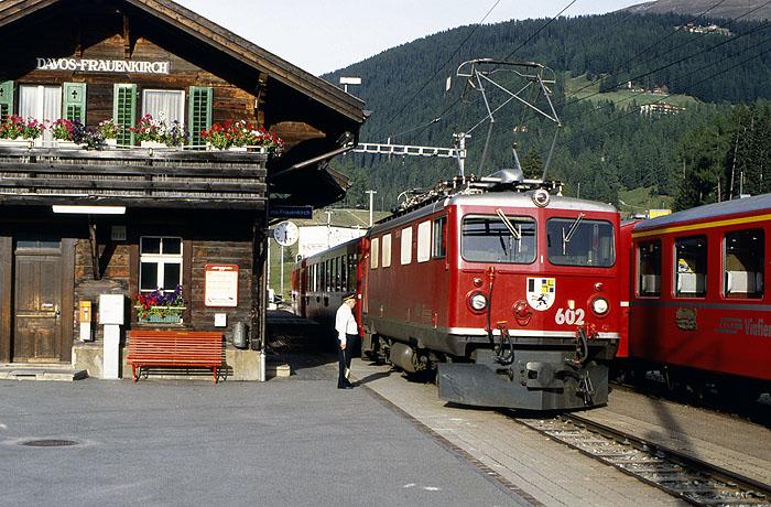 http://www.eisenbahnfotograf.de/ausland/rhb/i3910512.jpg