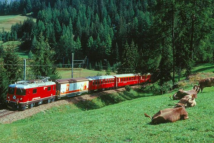 http://www.eisenbahnfotograf.de/ausland/rhb/i3920431.JPG