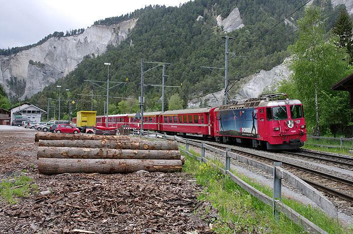 http://www.eisenbahnfotograf.de/ausland/rhb/i8002138.jpg