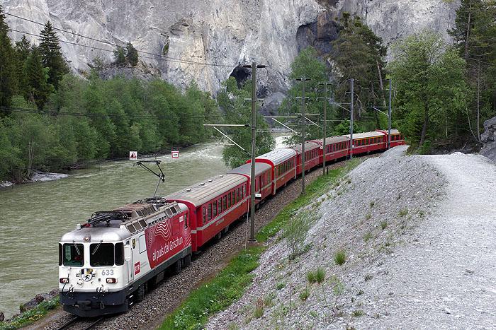 http://www.eisenbahnfotograf.de/ausland/rhb/i8002140.jpg