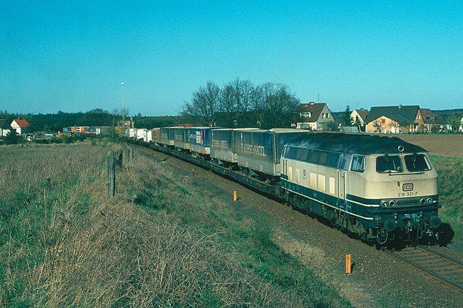 http://www.eisenbahnfotograf.de/dbdiesel/galerie218/i1220136.JPG