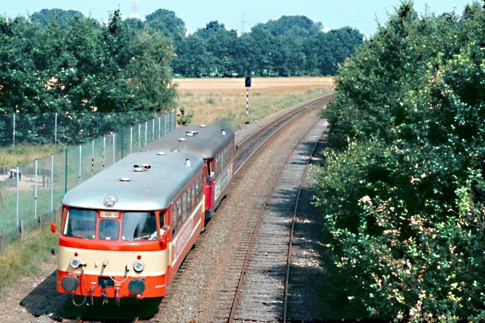 http://www.eisenbahnfotograf.de/privatbahn/anb/i1360131.JPG