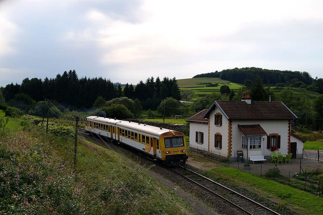 http://www.eisenbahnfotograf.de/strecken/kbs62000/6002114.jpg