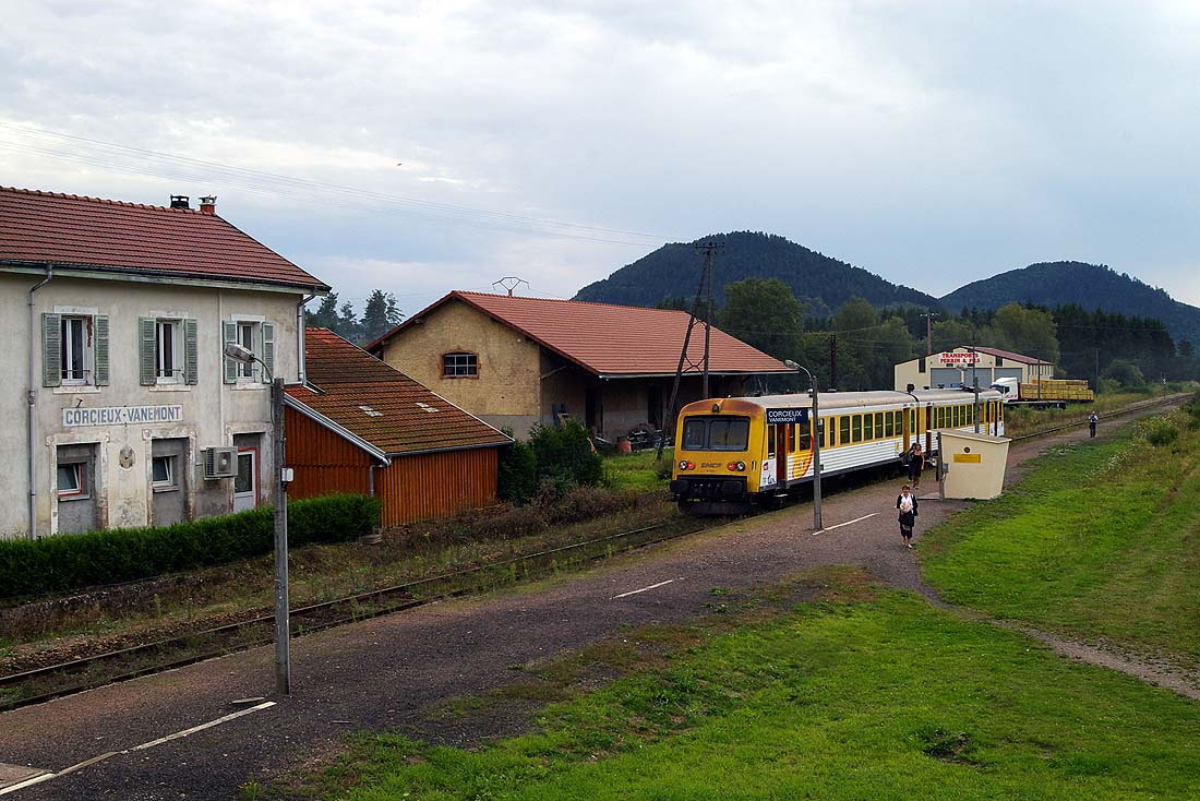 http://www.eisenbahnfotograf.de/strecken/kbs62000/6002123.jpg