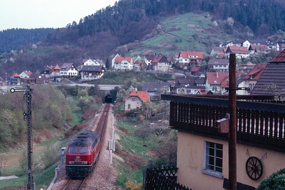 http://www.eisenbahnfotograf.de/strecken/kbs71041/i1120212.jpg
