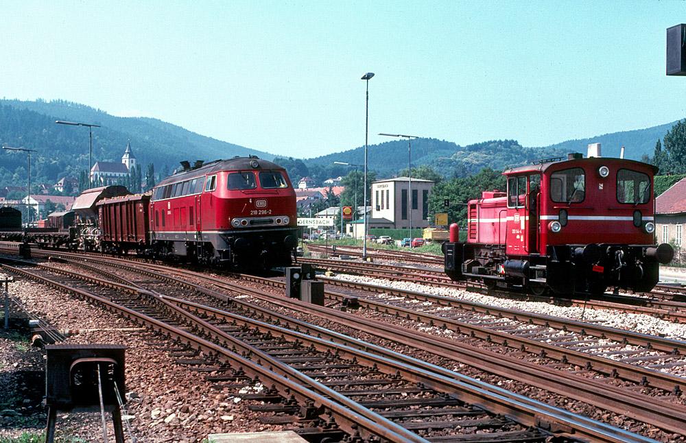 http://www.eisenbahnfotograf.de/strecken/kbs71041/i1120240.jpg