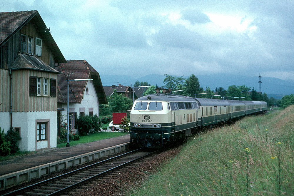 http://www.eisenbahnfotograf.de/strecken/kbs71041/i1120248.jpg