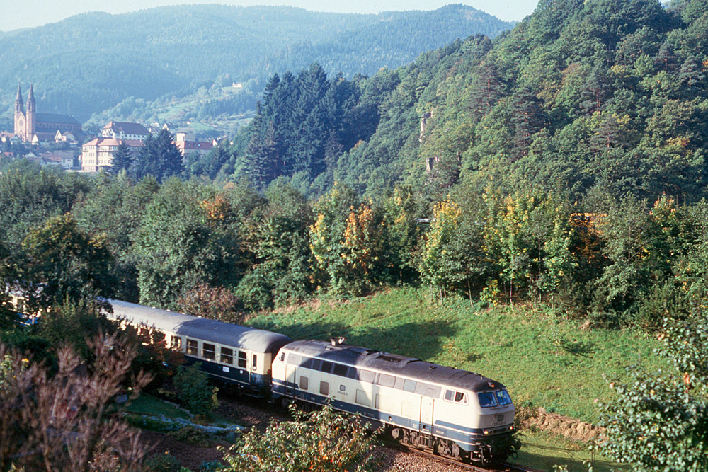 http://www.eisenbahnfotograf.de/strecken/kbs71041/i1470106.jpg
