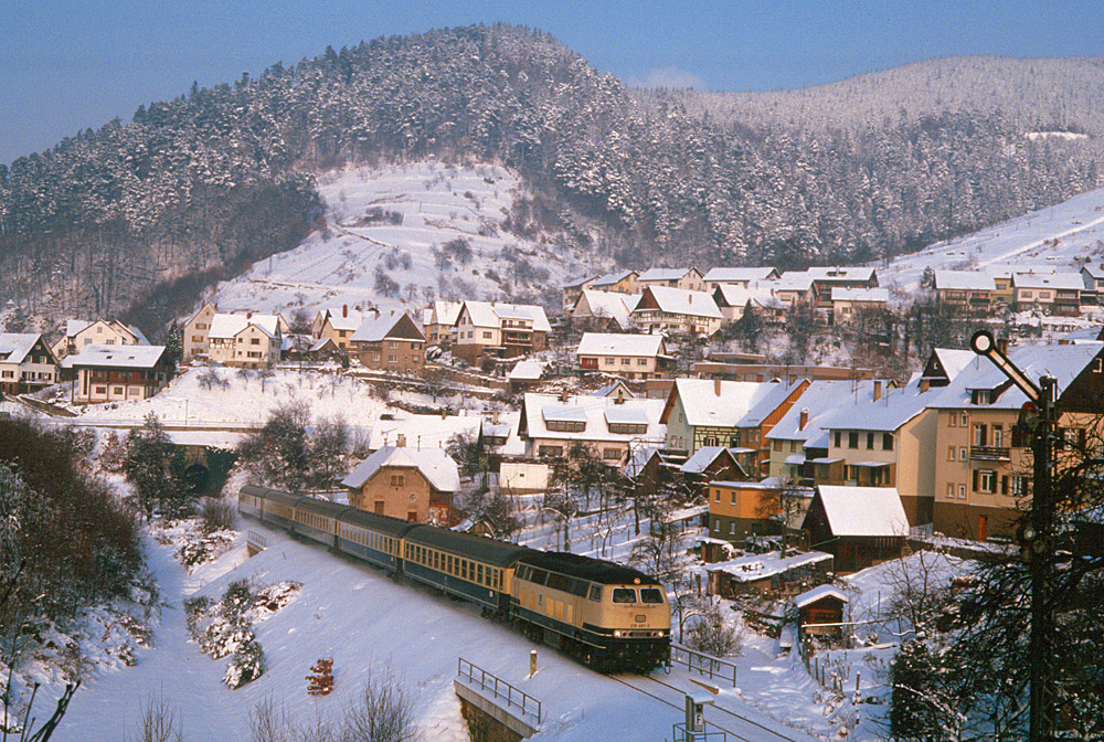 http://www.eisenbahnfotograf.de/strecken/kbs71041/i1470132.jpg