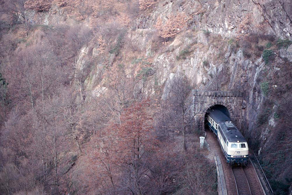 http://www.eisenbahnfotograf.de/strecken/kbs71041/i1470142.jpg
