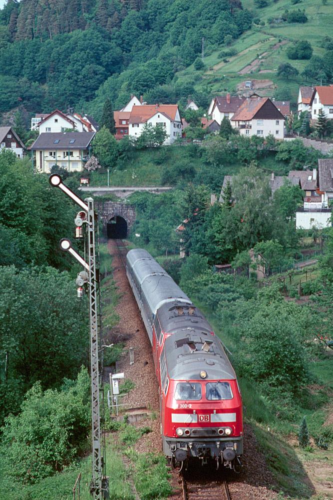 http://www.eisenbahnfotograf.de/strecken/kbs71041/i3990248.jpg