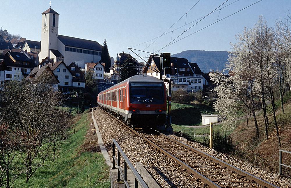 http://www.eisenbahnfotograf.de/strecken/kbs71041/i4040124.jpg